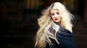 Keratynowe przedłużanie włosów